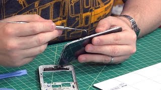 How To Replace a Cracked Smartphone Screen!