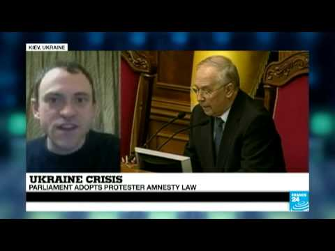 Ukraine: Parliament adopts protester amnesty law