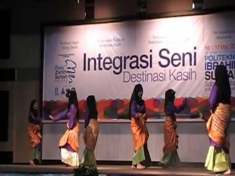 Tarian Zapin Tanjung Labuh Lagu  Gambus Jodoh Srikandi Tari Stf - Festival Tari Ujung Tanah video