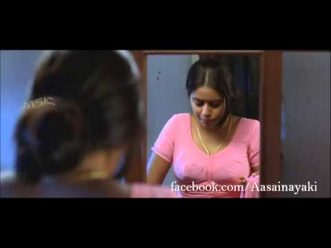 Poorna aka Shamna Kasim boobs show in pink saree