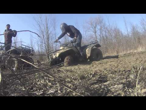 HONDA FOURTRAX 300'S MUDDING ADVENTURE!