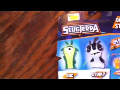 Toy review#4: slugterra Doc and Stinky.
