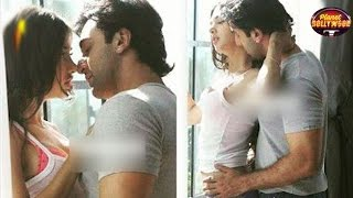 Ranbir Kapoor's Intimate Scenes With A Model Goes Viral | Bollywood News