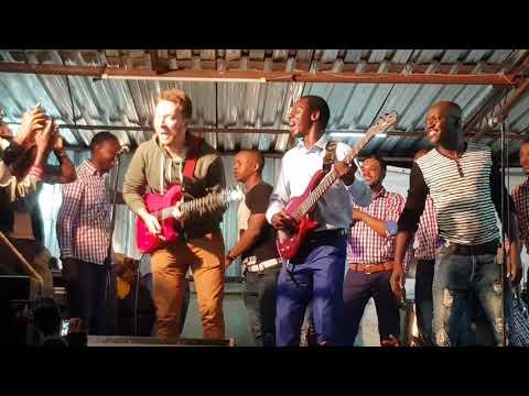 Alick Macheso ft Eiric Hoff (Mwari wekudenga)