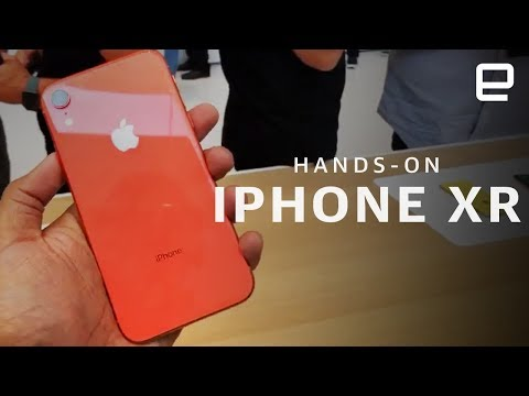 iPhone XR Hands-On LIVE