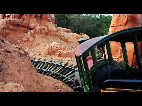 Big Thunder Mountain Railroad Ride POV - Magic Kingdom - Walt Disney World, Florida