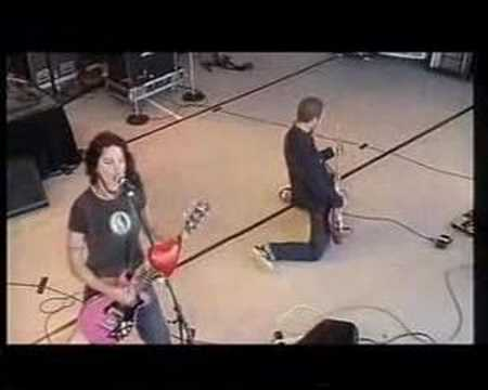 Magic Dirt - Competition Girl