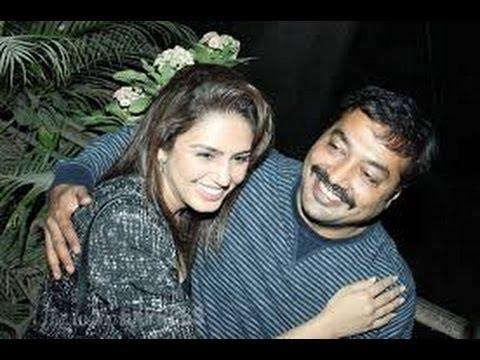 "Huma Qureshi & Anurag Kashyap Cuddle up at the screening of "" American Hustle"""