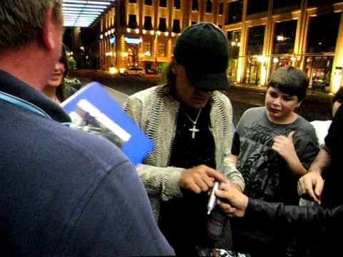 SCORPIONS Matthias Jabs signing autographs 11th July in BERLIN