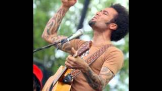 Watch Ben Harper Serve Your Soul video