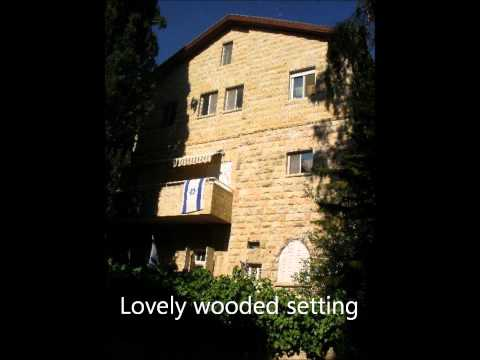 Penthouse in quaint building in Rehavia neighborhood of Jerusalem