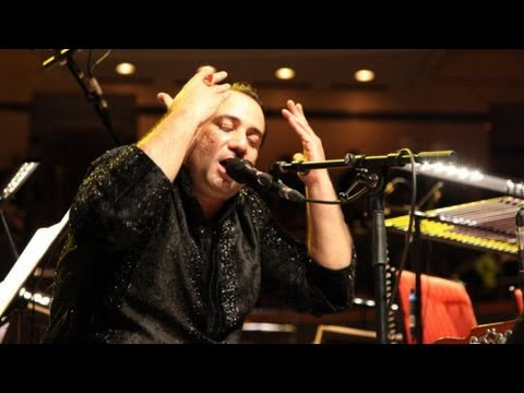 Rahat Fateh Ali Khan - The O2 - Teri Meri - Live 2013