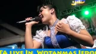 download lagu Monata   Lautan Dan Api Lusiana Safara gratis