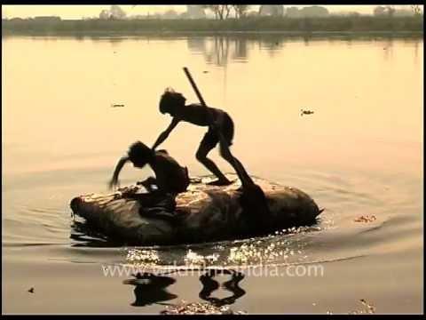 Delhi's young ragpickers at work near Yamuna river bank