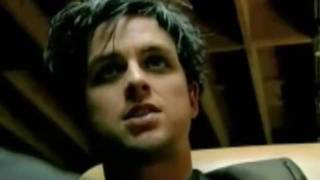 Watch Green Day Outsider video