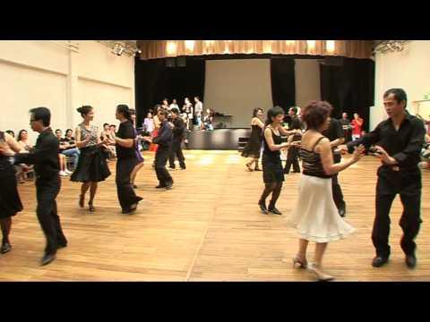 D monstration cours de danse cha cha cha avec le groupe - Danse de salon paris ...
