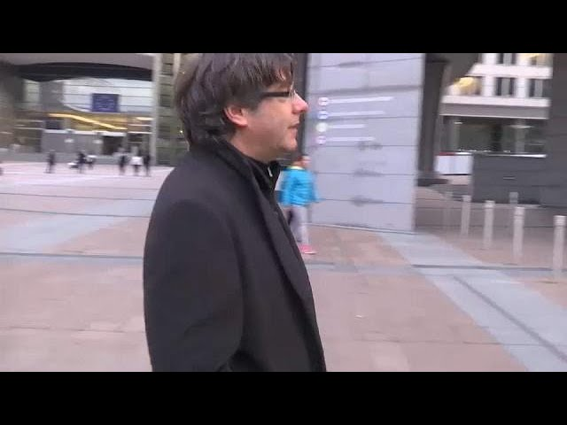 Catalonia leader Puigdemont has turned himself in to Belgian police