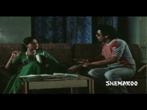 Sakkanodu comedy scenes - Sobhan Babu kicks out Giri Babu - Vijayashanti