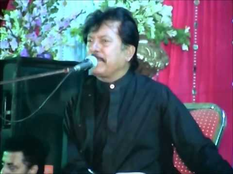 Attaullah Khan In Tarati Wedding (30 Sep 2012) Full video