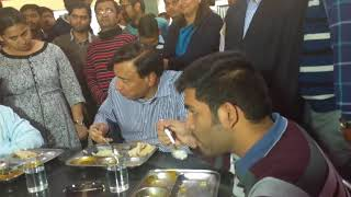 (2.20 MB) Mr. LN Mittal having lunch with students in LNMIIT  Mess-A 20th Feb, 2018 Mp3