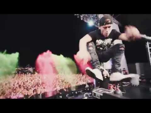 """Party Favor playing """"Booty Loose"""" live at Life In Color thumbnail"""