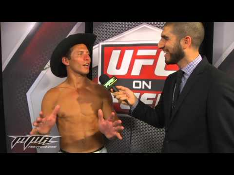 UFC 150: Donald Cerrone Tells Anthony Pettis 'Sign Contract and Let's Dance, Baby'