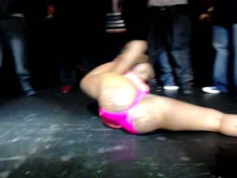 Big booty girls dancing