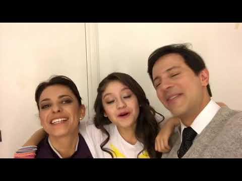 KAROL SEVILLA,CAROLINA VALSAGNA Y DAVID MURI LES DESEAN FELIZ NAVIDAD Y UN AÑO NUEVO INCREIBLE!!!