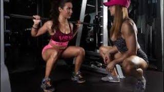 Фитоняшки бикини показывают свои тела и фитнес мотивация
