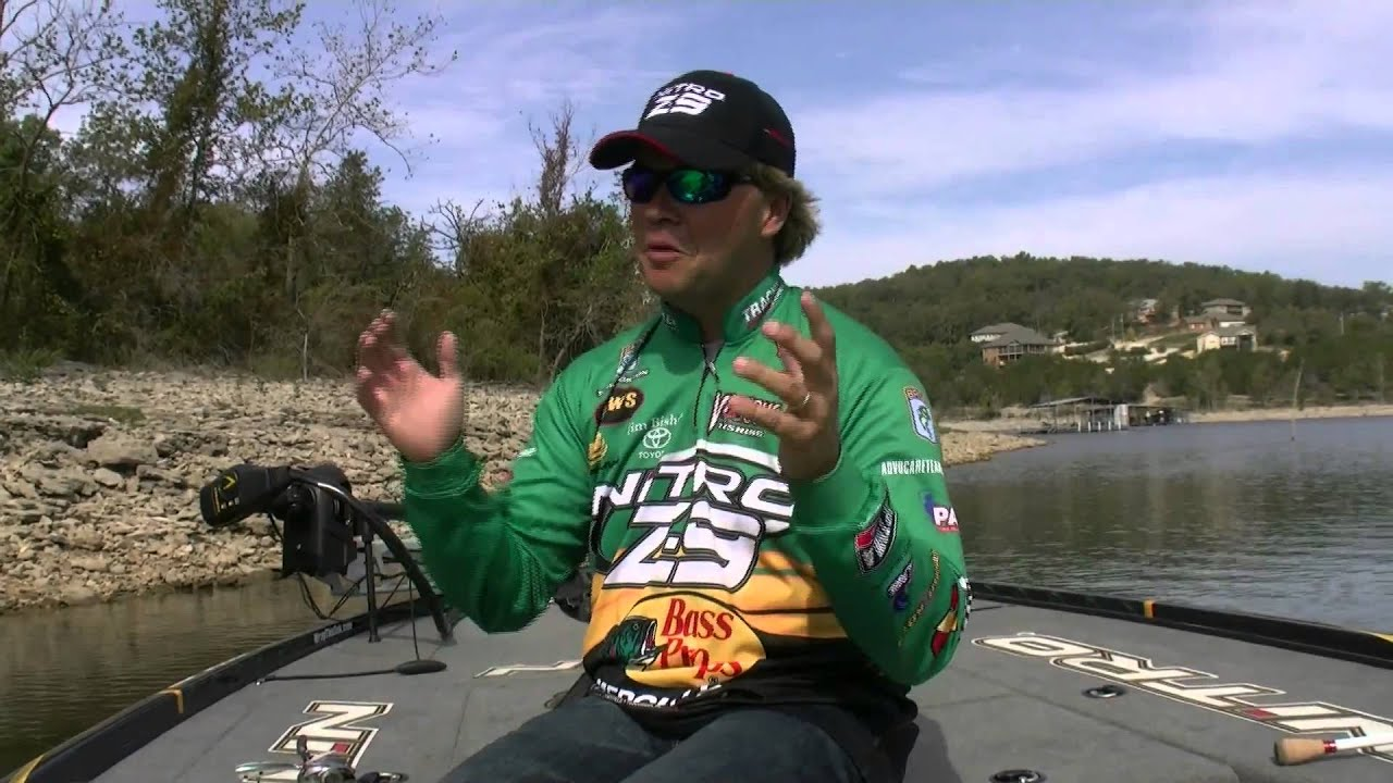 Tim horton and his 5 favorite pond lures youtube for Tim horton fishing