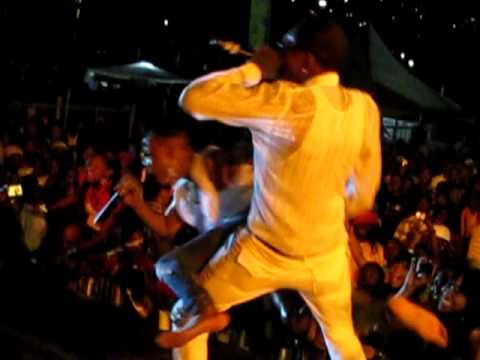 Vybz Kartel and Lisa Hype @ Cease Fire The Concert, (Trinidad) Vybz Kartel