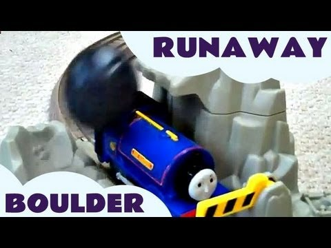 Trackmaster Thomas & Friends Runaway Boulder Blue Mountain Mystery Kids Toy Train Set