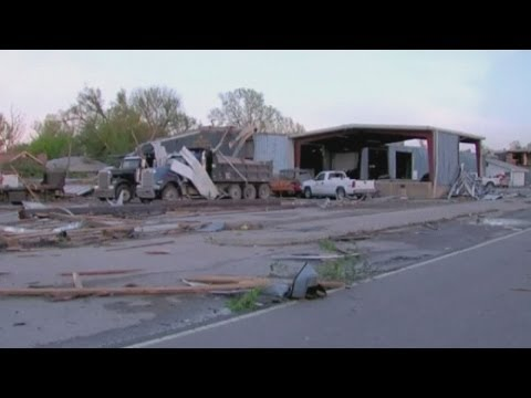 Arkansas and Oklahoma tornadoes: Death toll rises to 17