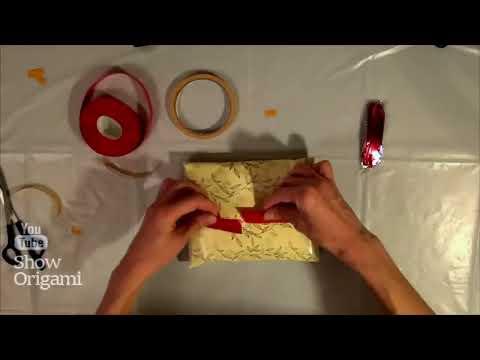 Как оригинально и красиво упаковать футболку в подарок