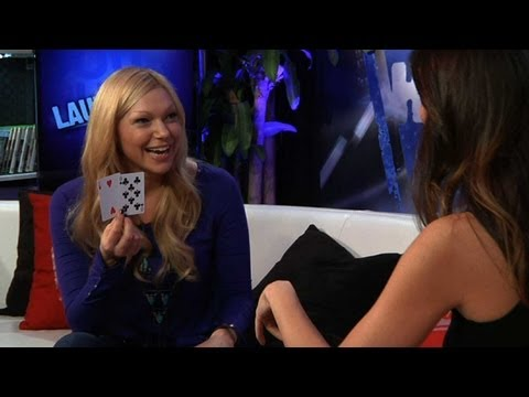 Laura Prepon Dishes Smooching Wilmer Valderrama - STUDIO SECRETS