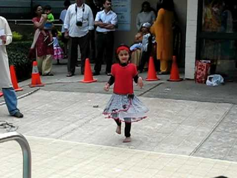 Dance on Aggobai Dhaggobai by Sharada at Fair Oaks West apartments...