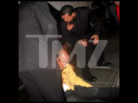 Barber Knocks : Suge Knight Knocked Out By Barber Suge knight gets knocked out