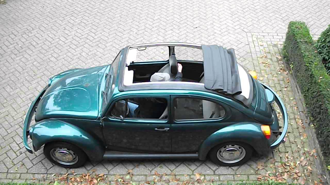 VW Beetle 1600i Open Air roof opening - YouTube