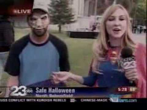 News Blooper:  Trick or Treater Screams For Candy