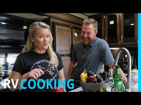 YUMMY RV COOKING & HENSLEY HITCH (EP 96)
