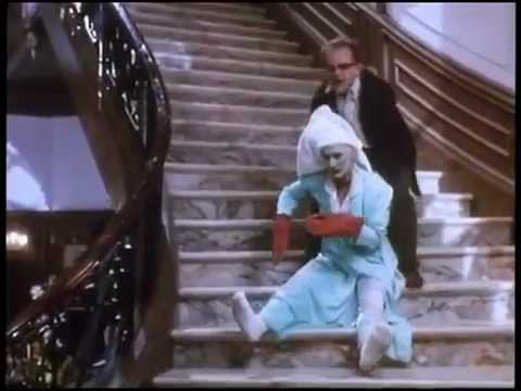 Death Becomes Her   Trailer - YouTube