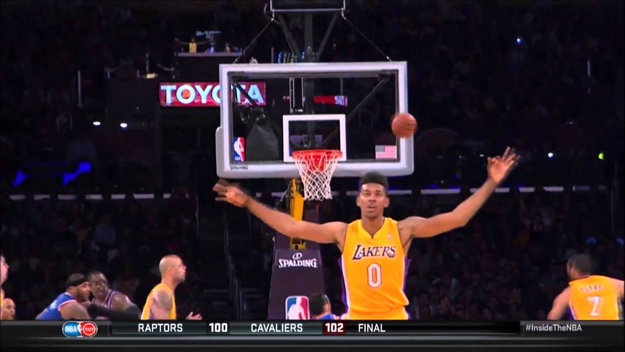 Nick Young celebrates a missed 3 against the Knicks - YouTube