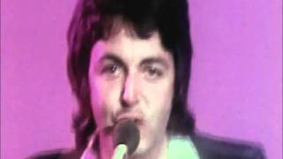 Watch Paul McCartney Helen Wheels video