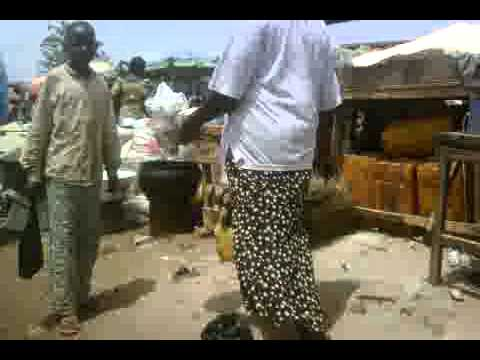 NIGERIA: Minna open market-20110406