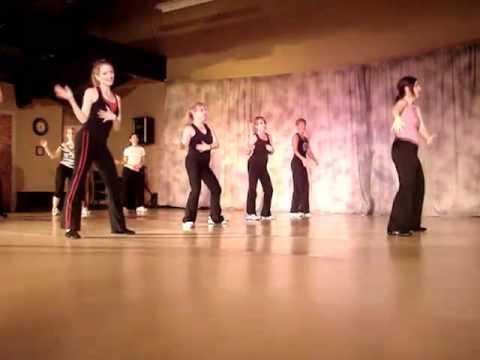 Zumba Routine To la Duena Del Swing By Los Hermanos Rosarios video