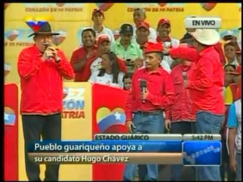 Chávez en Guárico 18 7 12 Cantando música llanera