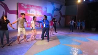 Trò chơi sân khấu   Hội trại khoa KTKT 2014   LHU 4