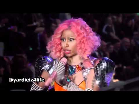 Nicki Minaj - Super Bass (victoria's Secret Show 2011) (live) video