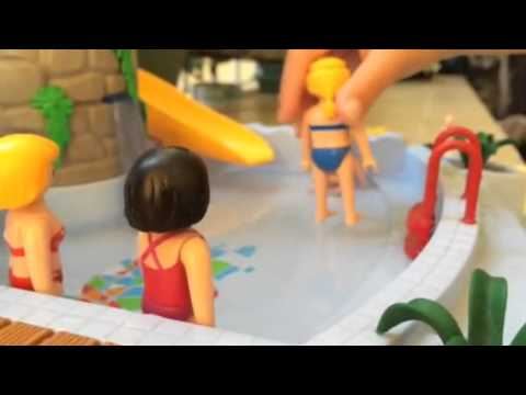 Playmobil piscine club enfant youtube for Piscine playmobil