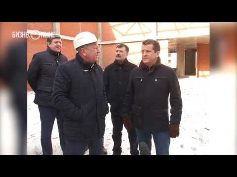 Метшин ознакомился с ходом строительства школы в ЖК «Седьмое небо»